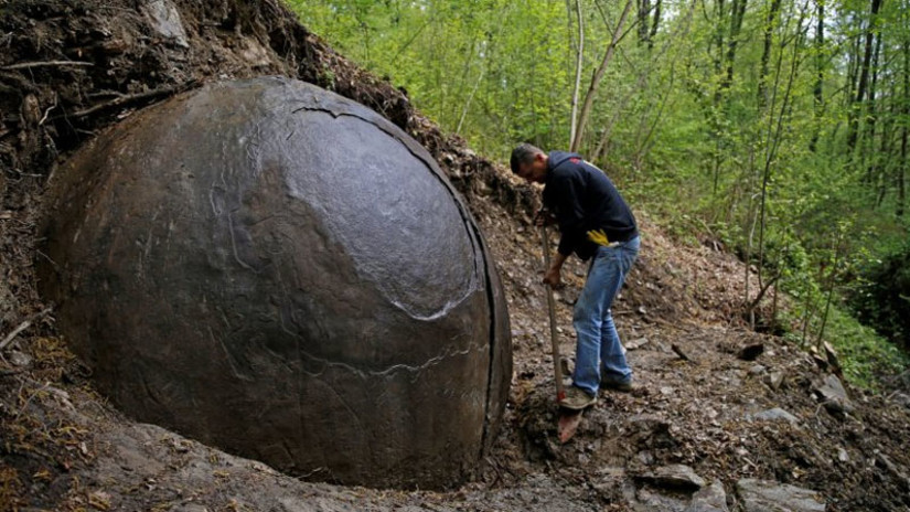 Esfera gigantesca antigua descubierta en Bosnia 1192711jpg