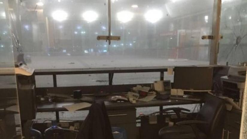 VIDEO. Reportan dos explosiones y tiroteo en aeropuerto de Estambul, hay varios heridos