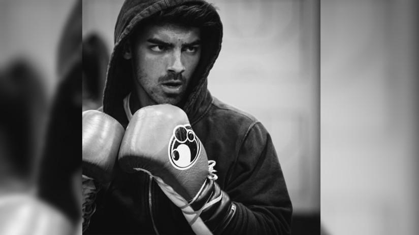 Fotos. Joe Jonas muestra su atlética figura