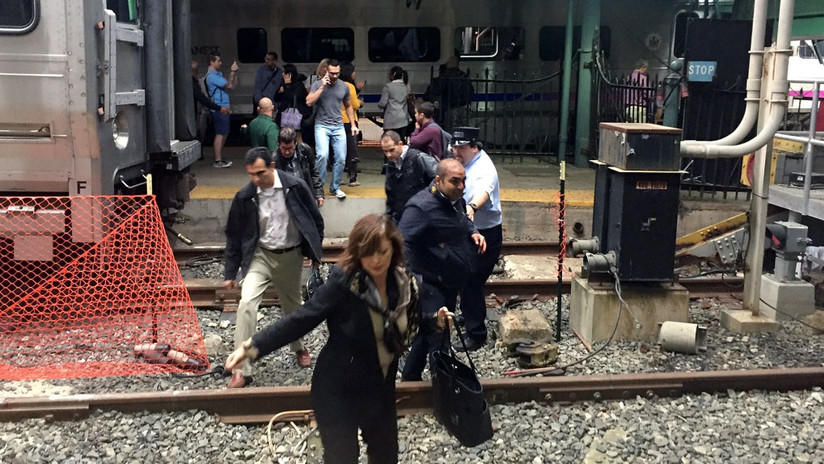 Las fotos del choque del tren en New Jersey y el rescate de los heridos