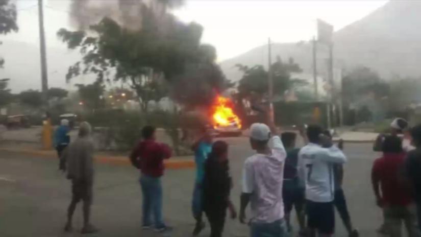 Intento de toma de comisaría en Huaycán dejó una mujer muerta y 16  heridos