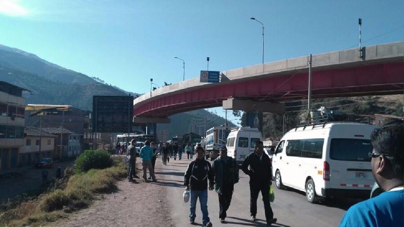 Cusco: Conductores reportan carretera bloqueada por protesta de profesores