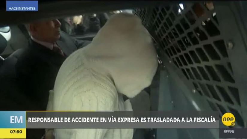 La mujer que causó el accidente en la Vía Expresa fue trasladada a la Fiscalía