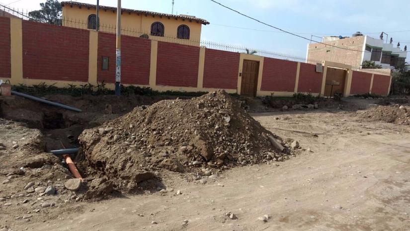 Ciudadanos molestos por corte de agua que habría originado obra hace diez días en Mala