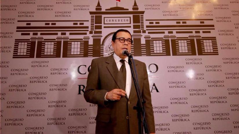 """Enrique Mendoza: """"Mi posición sobre la pena de muerte no compromete al Gobierno"""""""