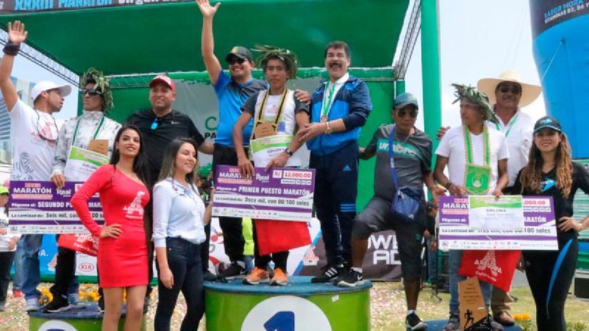 Más de 3,000 corredores participaron de la maratón 'Virgen de la Candelaria'