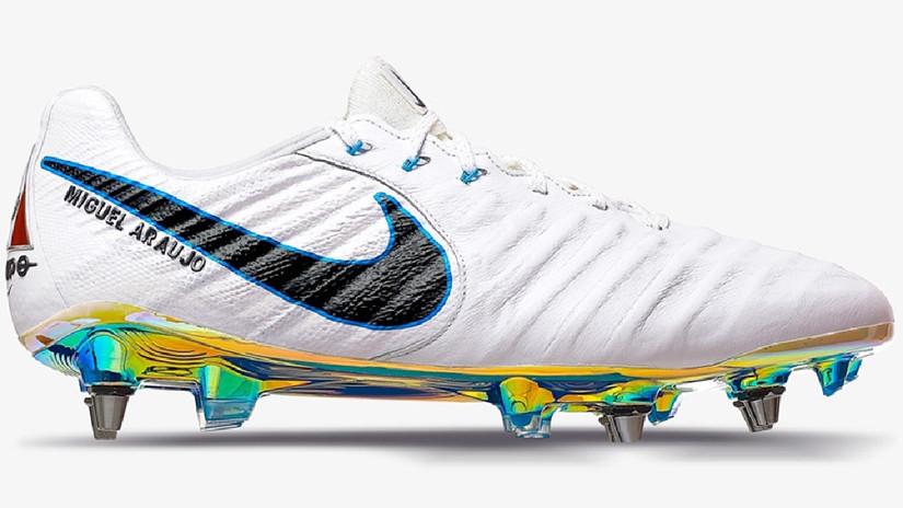 Estas son las zapatillas que vestirá Miguel Araujo. | Fuente: Prensa Nike
