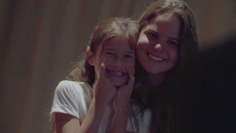 Jaime Bayly y Silvia Núñez del Arco: El parecido de la pequeña Zoe con su madre [VIDEO]