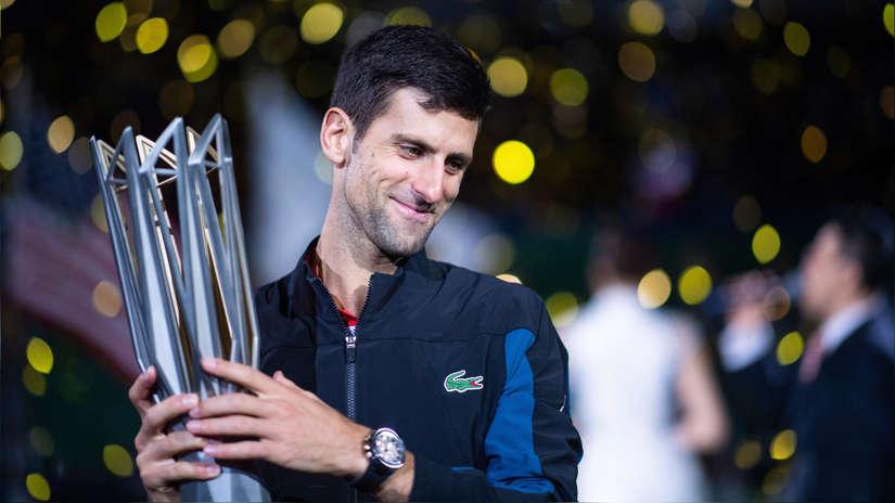 Novak Djokovic venció a Coric en Shanghái y se acerca a Rafael Nadal | FOTOS Y VIDEO