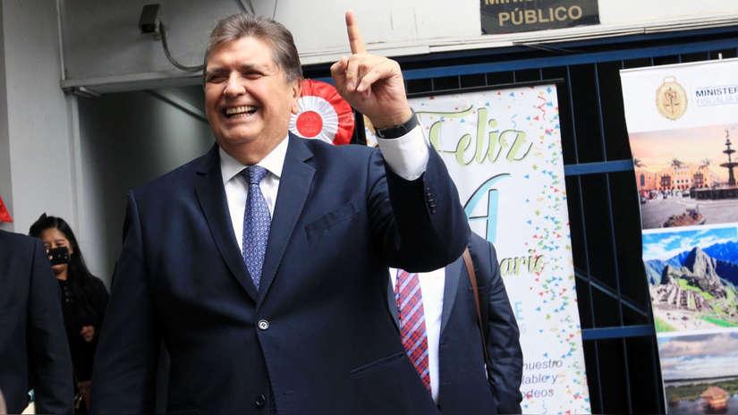 """Alan García acusa al Gobierno y Ejecutivo de """"encarcelar"""" a Keiko Fujimori: """"Se ha politizado la justicia"""""""