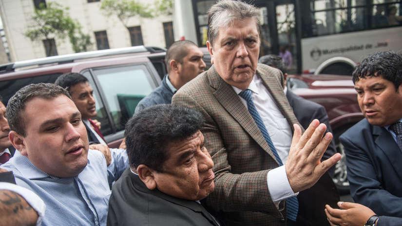 Las reacciones a la orden de impedimento de salida del país dictada contra Alan García