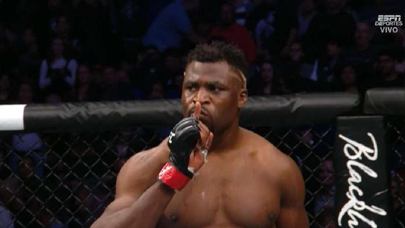 Caín Velásquez perdió en segundos ante Francis Ngannou en la pelea principal de UFC Fight Night Phoenix