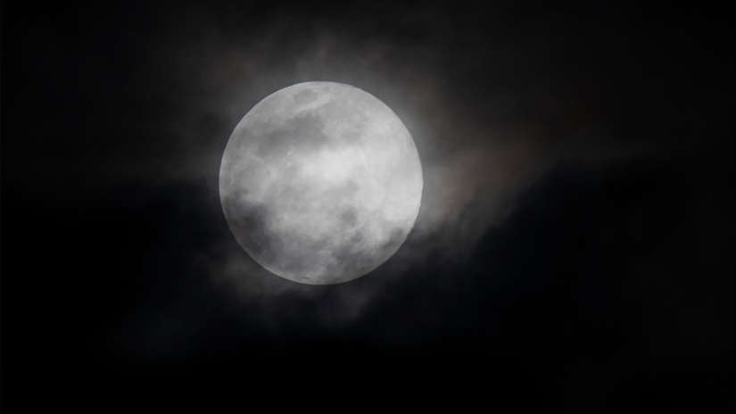 Mira las 20 imágenes de la última superluna de este año