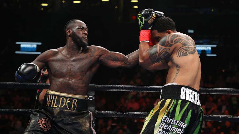 ¡Brutal! Deontay Wilder noqueó a Domic Breazeale en el primer y retuvo título de los pesos pesados CMB