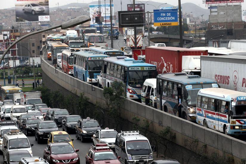 Lima es la tercera ciudad con mayor congestión vehicular del mundo