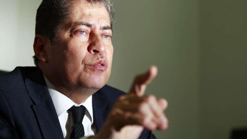 """Espinosa-Saldaña niega agresión verbal a funcionaria del TC: """"Le he hablado alto y ella me ha hablado alto"""""""