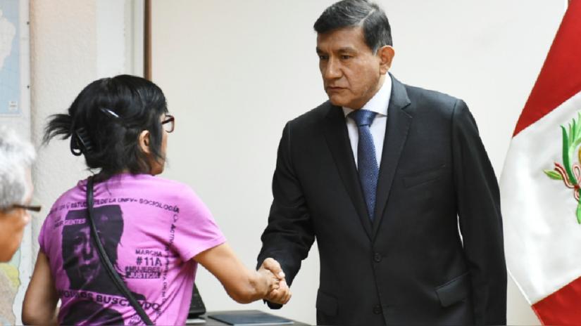 Morán pide perdón en nombre del Estado peruano a los padres de Solsiret por