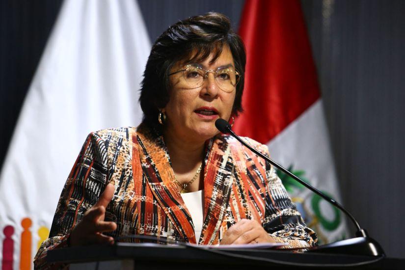 Presidenta del TC propone reducir los sueldos de los altos funcionarios por la emergencia a causa del coronavirus