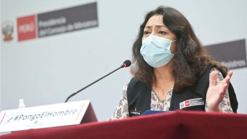 Violeta Bermúdez negó que se haya hablado sobre una denuncia civil o penal por difusión de informe de la vacuna