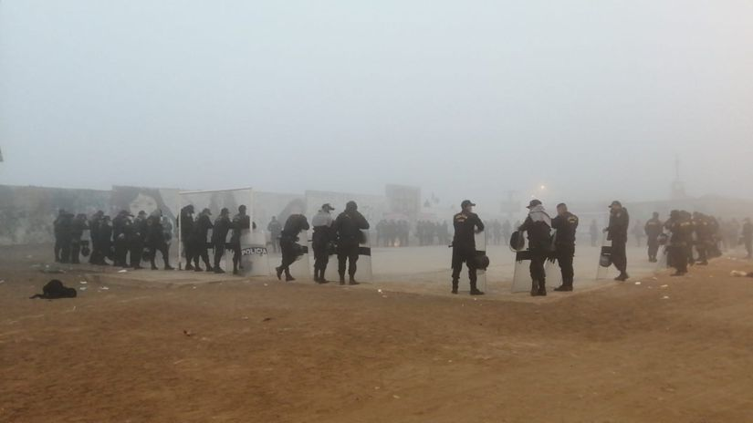 VES: Se cumplen 10 días de invasión en Lomo de Corvina con accesos bloqueados
