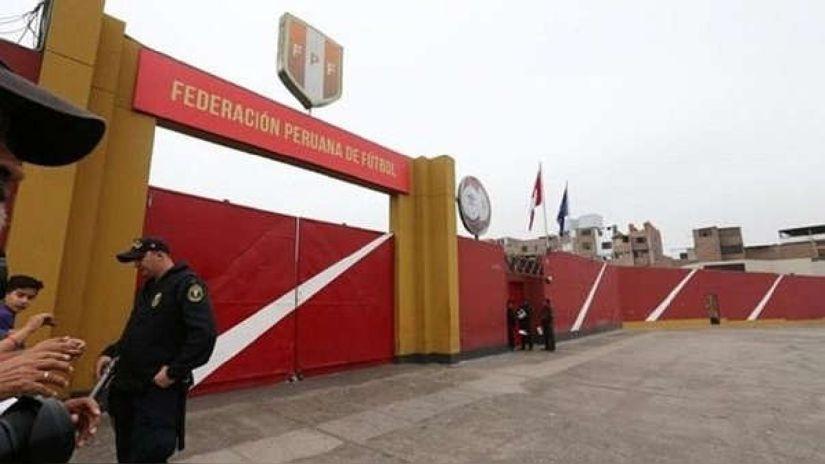 Ministerio de Salud evalúa solicitud de vacunación realizada por la Federación Peruana de Fútbol