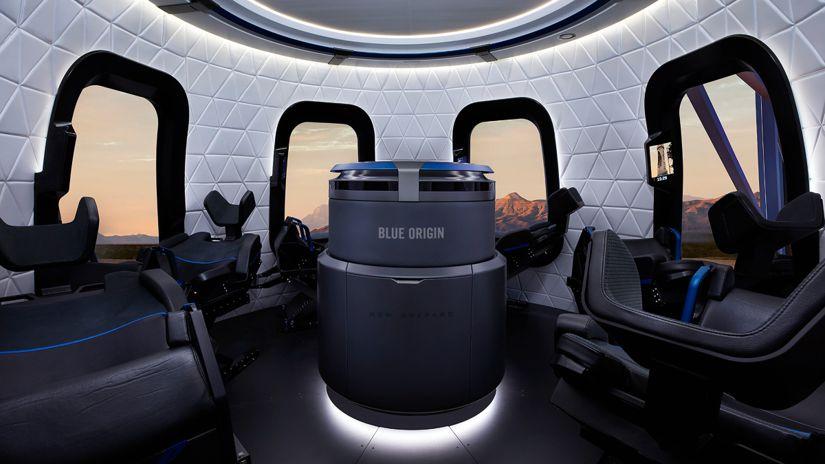 """Jeff Bezos: Este es el interior del """"New Shepard"""", la nave Blue Origin que  llevará al multimillonario al espacio."""