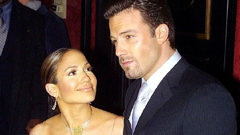 Jennifer Lopez oficializa su relación con Ben Affleck con esta romántica foto en su cumpleaños número 52