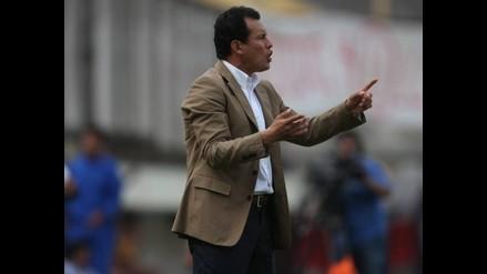 Jaime León quiere a Juan Reynoso por tres años más en Universitario