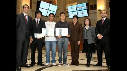 BVL premia a ganadores de concurso por Internet