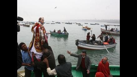 Tradicional procesión de San Pedro recorrió mar de Chorrillos