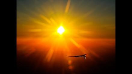Increíble vista del amanecer desde el ´Solar Impulse´
