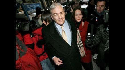 Excarcelan al ex magnate de la prensa Conrad Black tras pagar fianza
