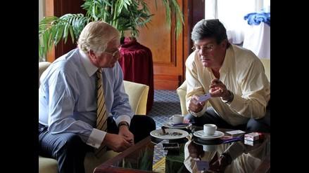 Ravinet visita Perú para dialogar sobre homologación de gastos armas