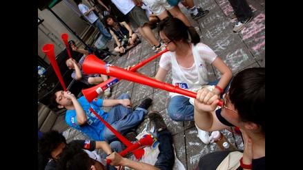 Campesinos chinos recurren a vuvuzelas contra plaga de jabalíes