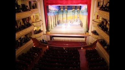 Mágica inauguración del Teatro Municipal de Lima