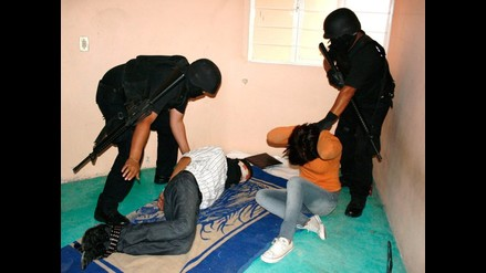México: Sicarios entran a colegio y secuestran a encargado de limpieza