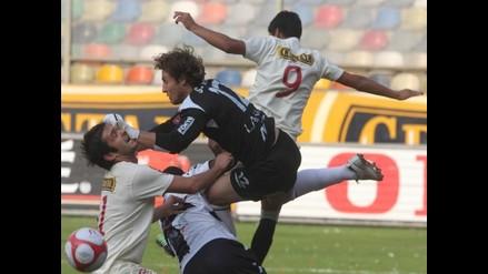 Alianza y Universitario buscan alcanzar Libertadores en clásico de infarto