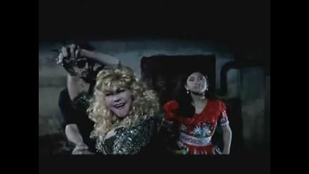 Tigresa del Oriente y Wendy Sulca en videoclip de Dante Spinetta