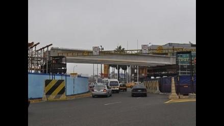 Reabren túnel que une Tomás Marsano por debajo del óvalo de Higuereta