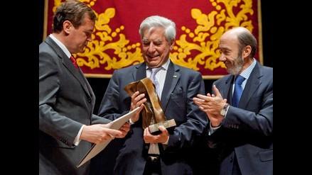 Vargas Llosa inicia semana del Nobel en medio del calor familiar