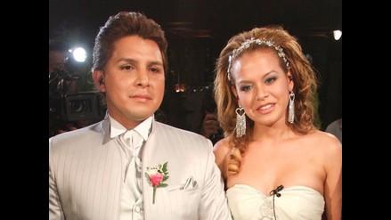 ´Mero Loco´: Néstor parecía un muñeco de cera en su boda