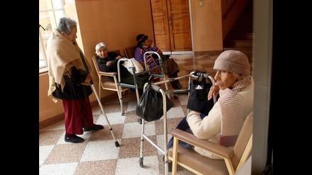 Advierten sobre el uso excesivo de medicamentos en asilos de ancianos