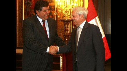 Presidente García presidirá homenaje a Mario Vargas Llosa