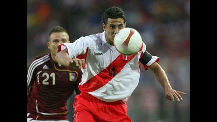 Cubillas aplaudió las ganas de Pizarro por ser el capitán de la selección