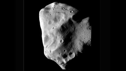 Hallan agua helada y sustancias orgánicas complejas en un asteroide