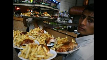 Cincuenta intoxicados tras comer pollo a la brasa en Año Nuevo