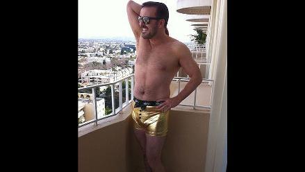 Ricky Gervais se burla de su veto en los Globos de Oro