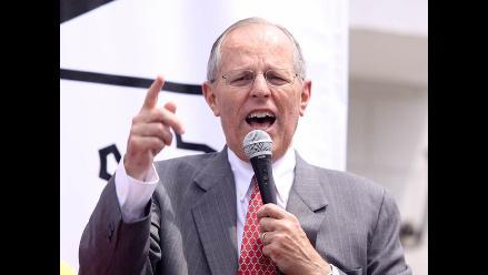 Kuczynski: Mentira, Toledo no duplicó el sueldo a los maestros