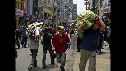 Unos mil 800 comerciantes informales existen en Trujillo