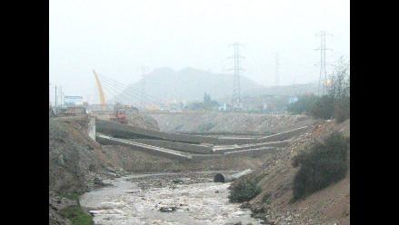 Tres importantes puentes en peligro de colapsar en Tumbes